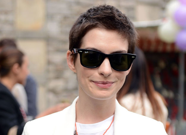 Anne Hathaway /- /Getty Images/Flash Press Media