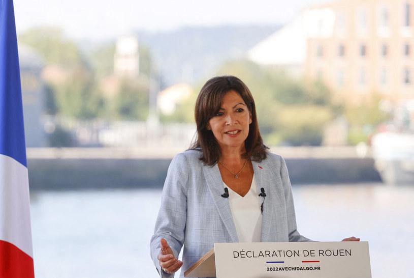 Anne Hidalgo ogłasza swoją kandydaturę /AFP