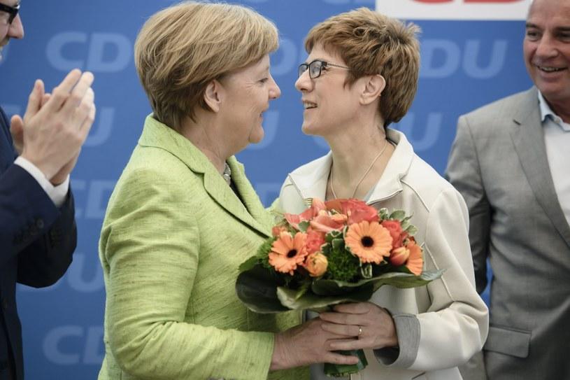 Annegret Kramp-Karrenbauer i Angela Merkel /PAP/EPA