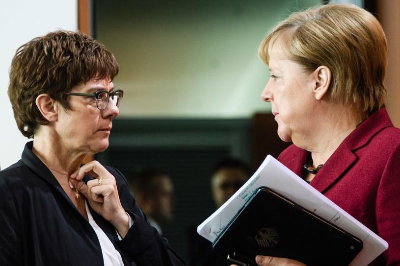 Annegret Kramp-Karrenbauer w towarzystwie Angeli Merkel /Clemens Bilan /PAP/EPA