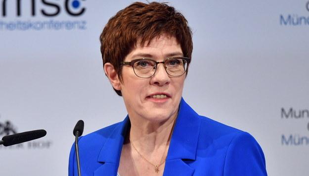 Annegret Kramp-Karrenbauer /Philipp Guelland /PAP/EPA