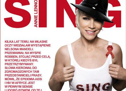 """Annie Lennox na okładce singla """"Sing"""" /"""