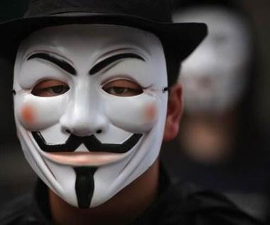 Anonimowi aresztowani we Francji