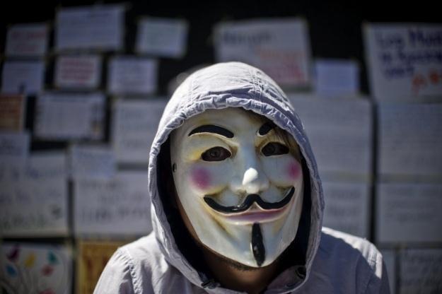 Anonimowi planują kolejny atak na 20 października? /AFP