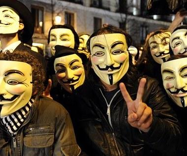 Anonymous wstrzymuje swoje działania
