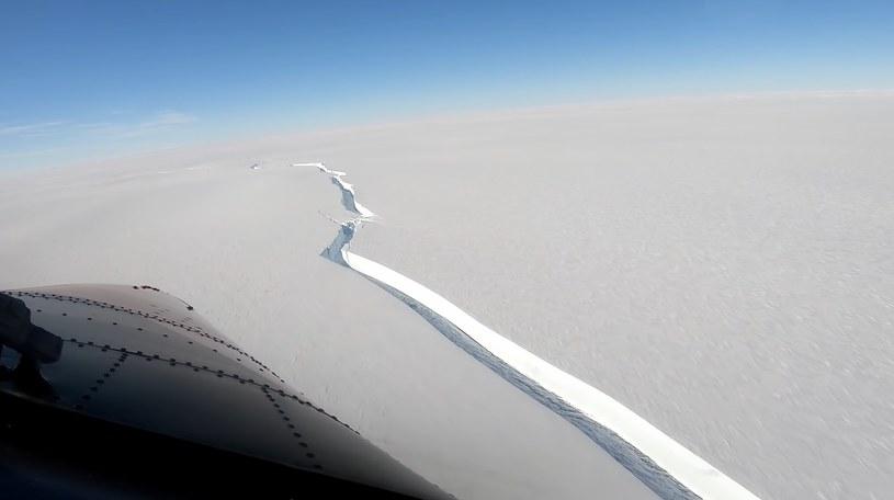 Antarktyda: Od lodowca oderwała się góra lodowa wielkości Londynu; zdj. ilustracyjne / British Antarctic Survey /YouTube