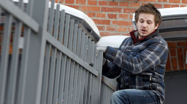 Antek Gradoń (Antoni Królikowski) musi uciekać przed policją /Agencja W. Impact