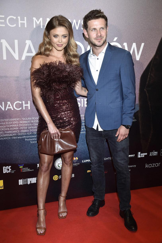 """Antek Królikowski i Joanna Opozda na premierze filmu """"Dolina Bogów"""" / Jacek Kurnikowski /AKPA"""