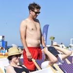 Antek Królikowski zabrał dziewczynę na egzotyczne wakacje! Co z ojcem aktora?!
