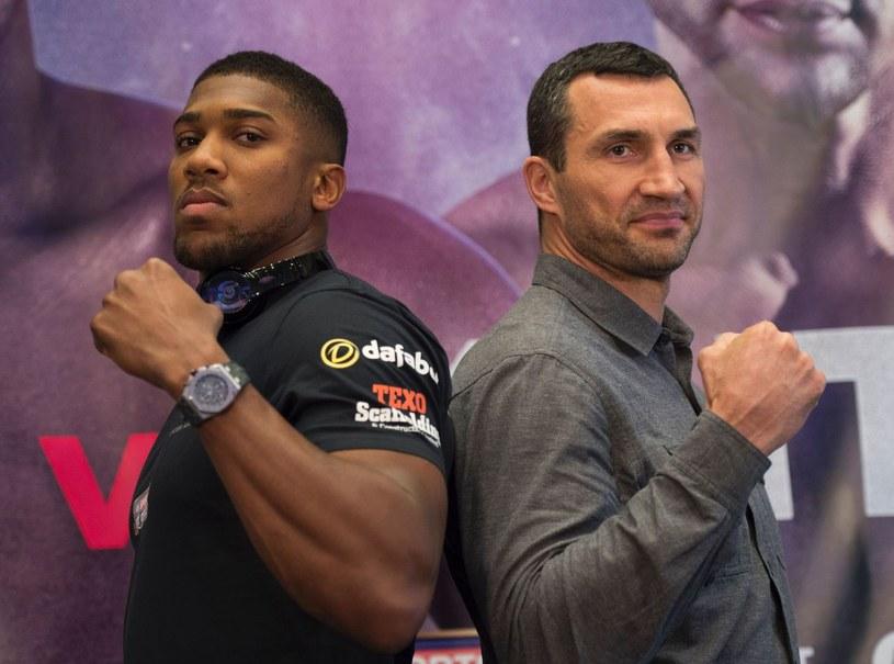 Anthony Joshua i Władimir Kliczko /AFP