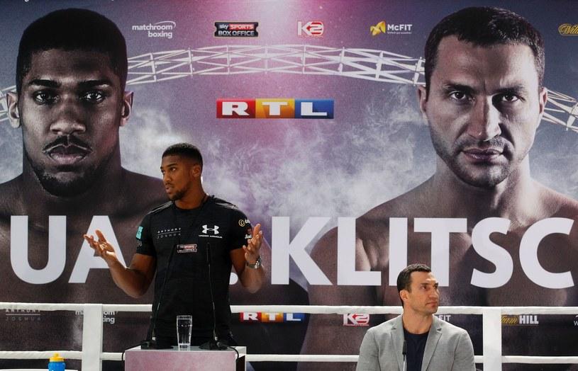 Anthony Joshua i Władymir Kliczko /AFP