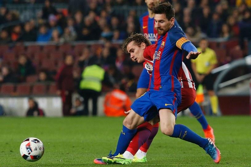 Antoine Griezmann (z lewej) i Lionel Messi już wkrótce mogą grać w jednym klubie /AFP