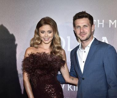 """Antoni Królikowski z Joanną Opozdą na premierze """"Doliny Bogów"""""""
