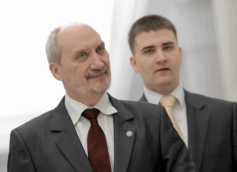 Antoni Macierewicz i Bartłomiej Misiewicz /Franciszek Mazur /