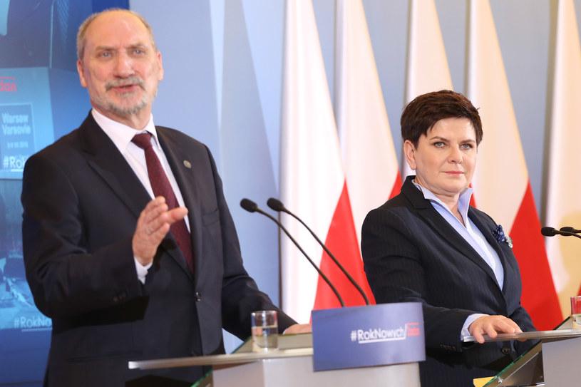 Antoni Macierewicz i Beata Szydło /Simona Supino /Agencja FORUM