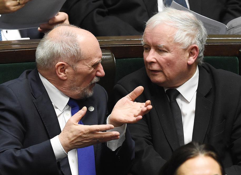 Antoni Macierewicz i Jarosław Kaczyński /Radek Pietruszka /PAP