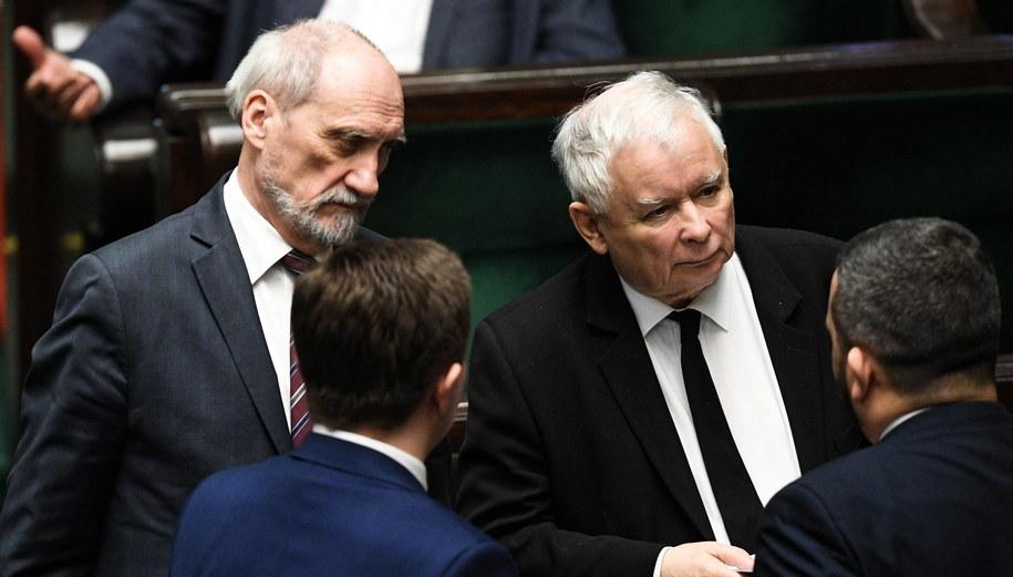 Antoni Macierewicz i Jarosław Kaczyński / Radek Pietruszka   /PAP