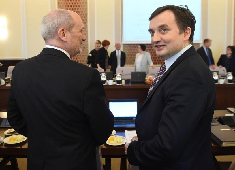 Antoni Macierewicz i Zbigniew Ziobro /Radek Pietruszka /PAP