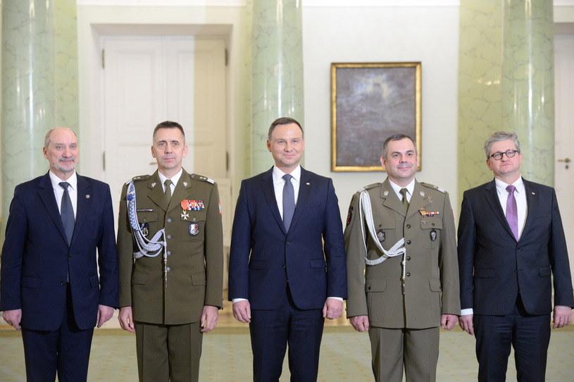 Antoni Macierewicz, Sławomir Wojciechowski, Andrzej Duda, Wiesław Kukuła, Paweł Soloch /Jacek Turczyk /PAP