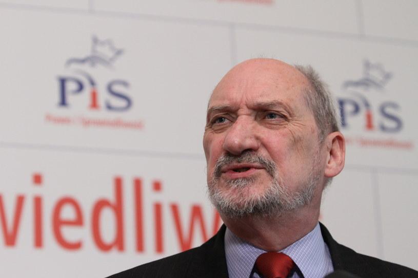 Antoni Macierewicz /Stanisław Rozpędzik /PAP