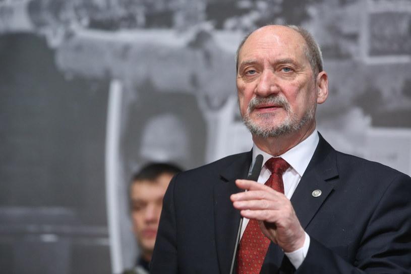 Antoni Macierewicz /Rafał Guz /PAP
