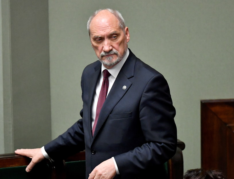 Antoni Macierewicz /Bartłomiej Zborowski /PAP