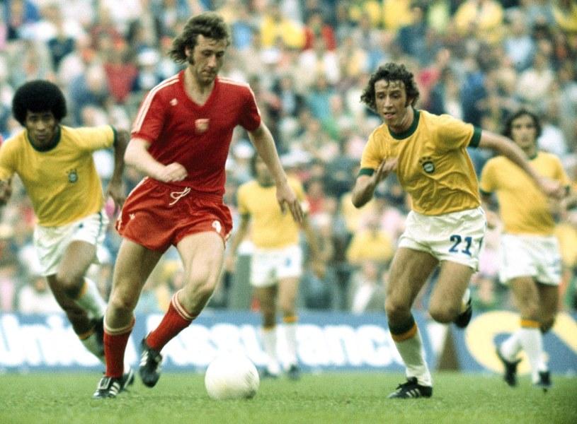 Antoni Szymanowski w meczu z Brazylią na MŚ 1974 r. Fot. John Varley /John Varley /Newspix