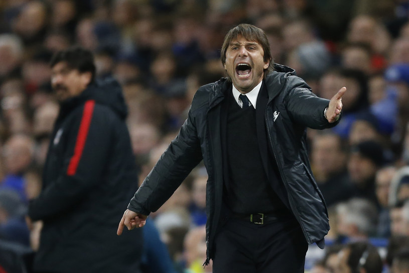 Antonio Conte, menedżer Chelsea /AFP