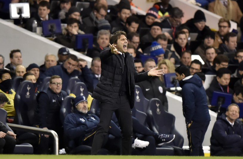 Antonio Conte podczas meczu z Tottenhamem /PAP/EPA