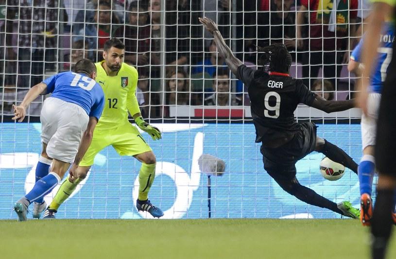 Antonio Eder strzela gola dla Portugalii /AFP
