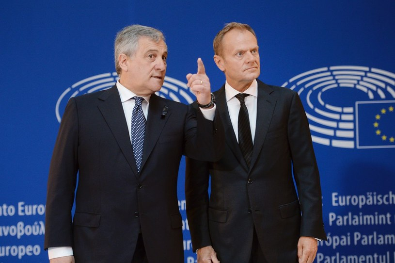 Antonio Tajani i Donald Tusk /AFP