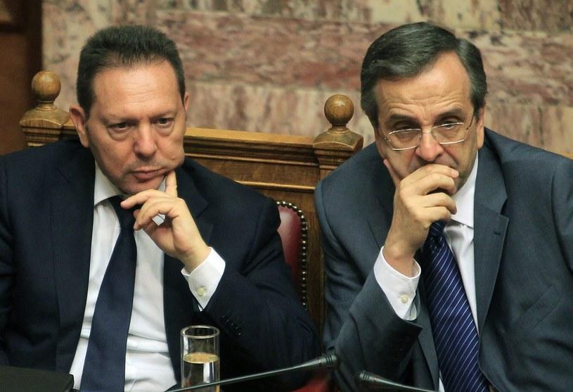 Antonis Samaras (R), premier i Jannis Stournaras (L), minister finansów Grecji /PAP