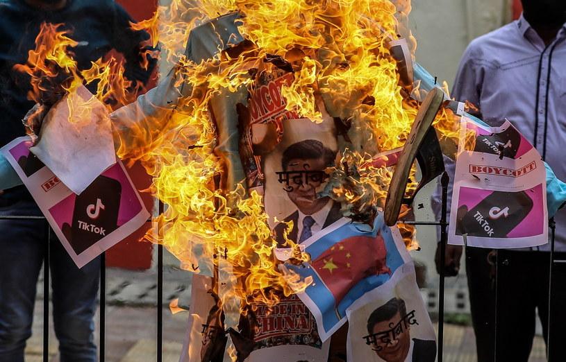 Anty-chiński protest w Bombaju /DIVYAKANT SOLANKI /PAP/EPA