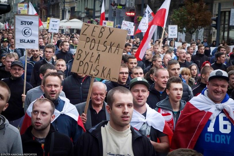 Antyimigracyjny marsz w Łodzi /Piotr Kamionka /Reporter