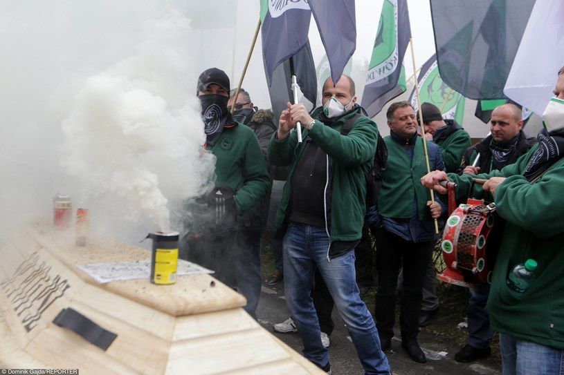 Antyrządowa demonstracja górników /Dominik Gajda /Reporter