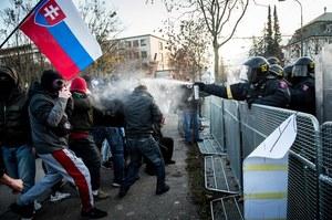 Antyrządowe protesty w Pradze i Bratysławie. Żądają dymisji premierów za ich politykę walki z koronawirusem