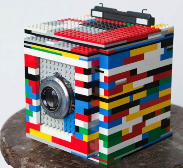 Aparat z klocków Lego (prawie tylko z klocków Lego) /Fotoblogia.pl