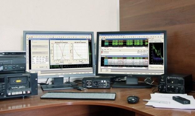 Aparatura do analizy głosu.   Fot. Speech Technology Center /materiały prasowe