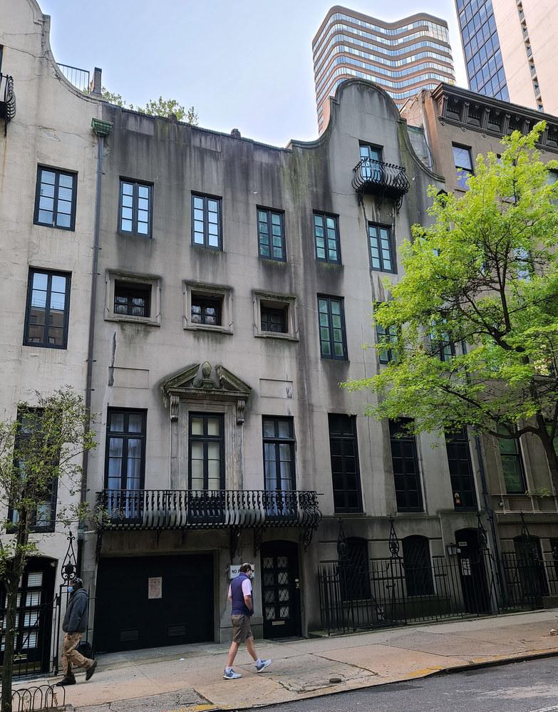 Apartament w Nowym Jorku, z którego Mary-Kate Olsen musi wyprowadzić się 18 maja /Gotham /Getty Images
