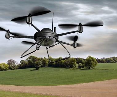 Aplikacja jako system kontroli lotów dla dronów