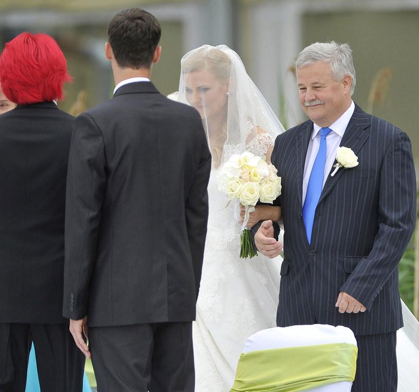Apoloniusz Tajner na ślubie Dominiki i Michała, 2012 rok /Baranowski Michał  /AKPA