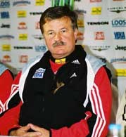 Apoloniusz Tajner zostanie trenerem kadry - na pewno do końca sezonu /P.Wójcik/FSW