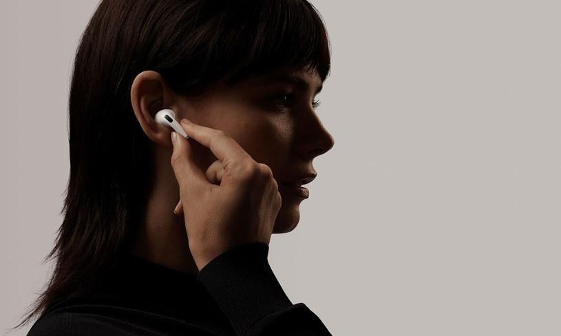 Apple AirPods Pro dalej pozostaną na topie /materiały prasowe