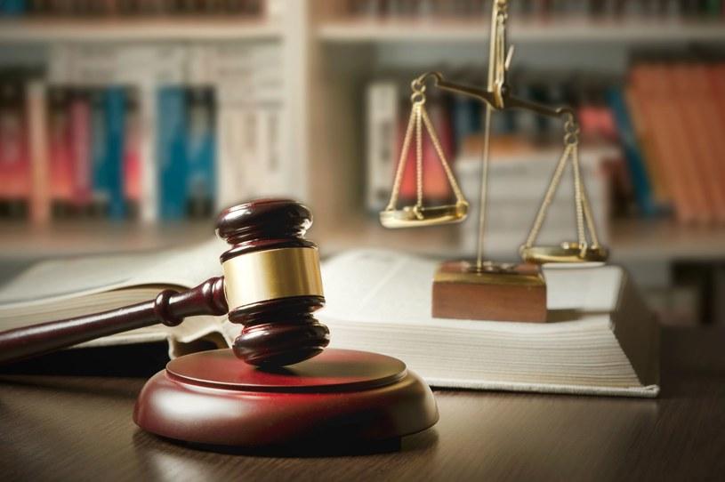 Apple już toczy batalię sądową z Samsungiem /123RF/PICSEL