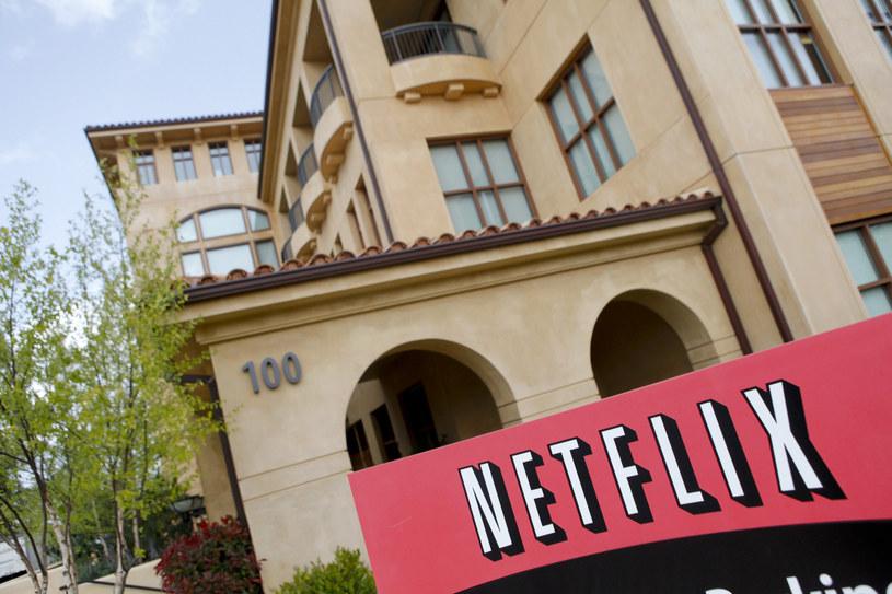Apple stworzy konkurencję dla Netflixa /AFP