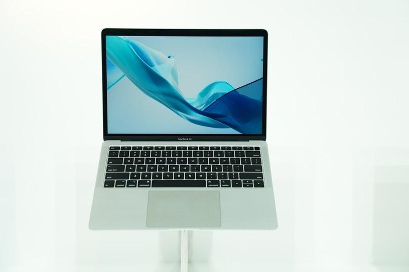 Apple wprowadza nową funkcjonalność do MacBooków /AFP