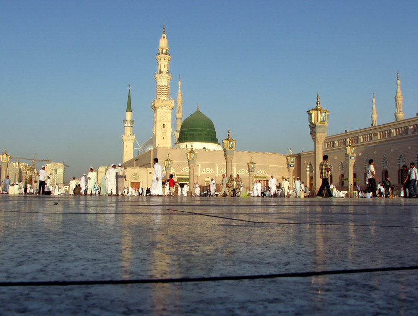 Arabia Saudyjska znów wydaje wizy turystyczne /123RF/PICSEL