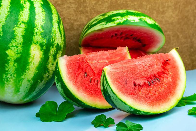 Arbuz to idealny owoc na letnie popołudnia! /123RF/PICSEL