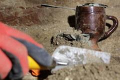 Archeolodzy znaleźli skarb ukryty w zabytkowym kościele w Barczewie