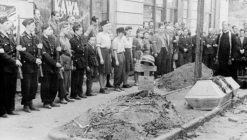 Archiwalne zdjęcia z Powstania Warszawskiego